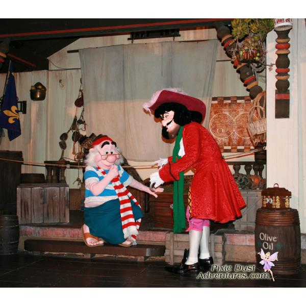 MK-Hool-and-Smee-pirate-stage