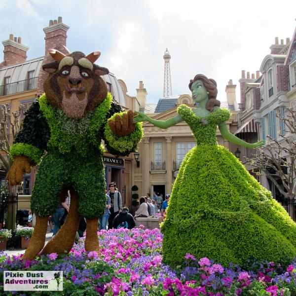 Beauty-and-beast-topiary