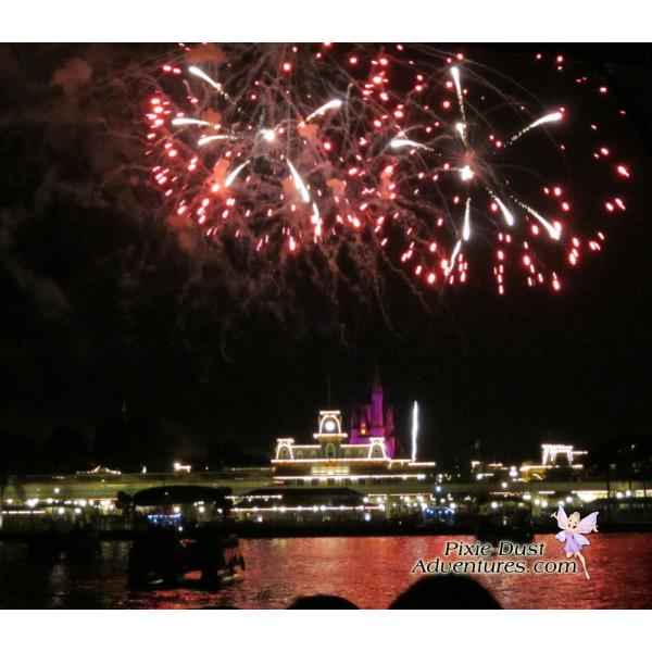 Pirates-and-pals-fireworks-voyage-12