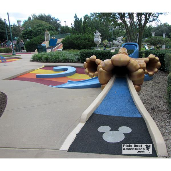 Fantasia Gardens Golf-12-The-Gardens-hole1