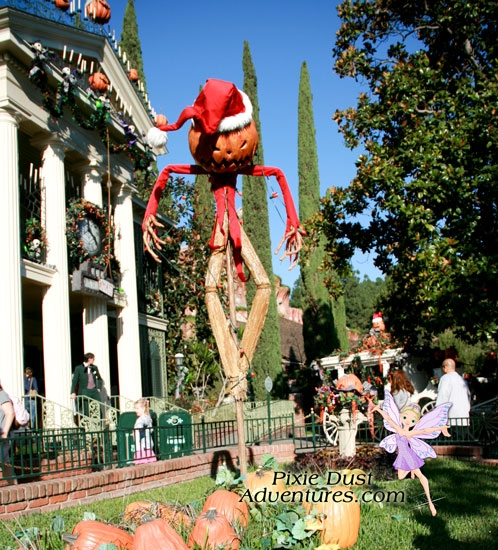 HalloweenHauntedMansion-01