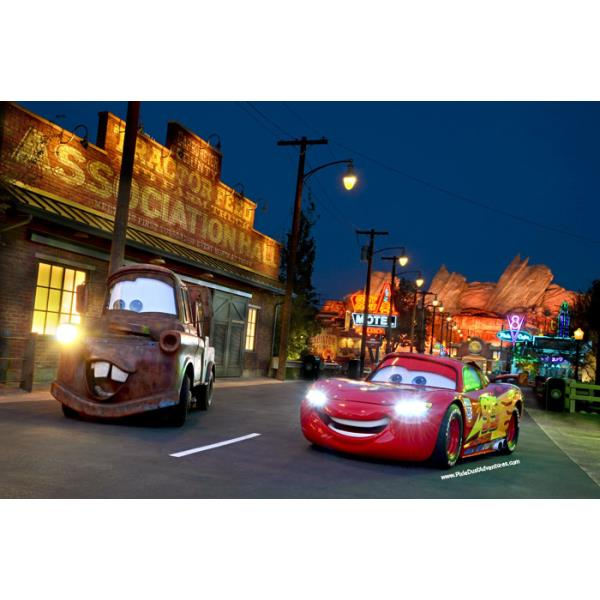 cars-land-lightening-mcqueen-mater