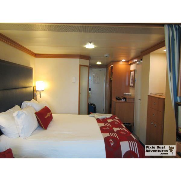 Disney Magic Oceanview Stateroom-02